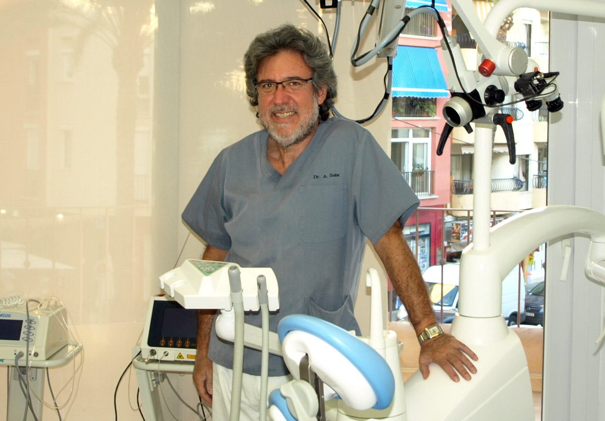 Image Dr Antonio Sala in Moraira Dental Clinic in the Marina Alta